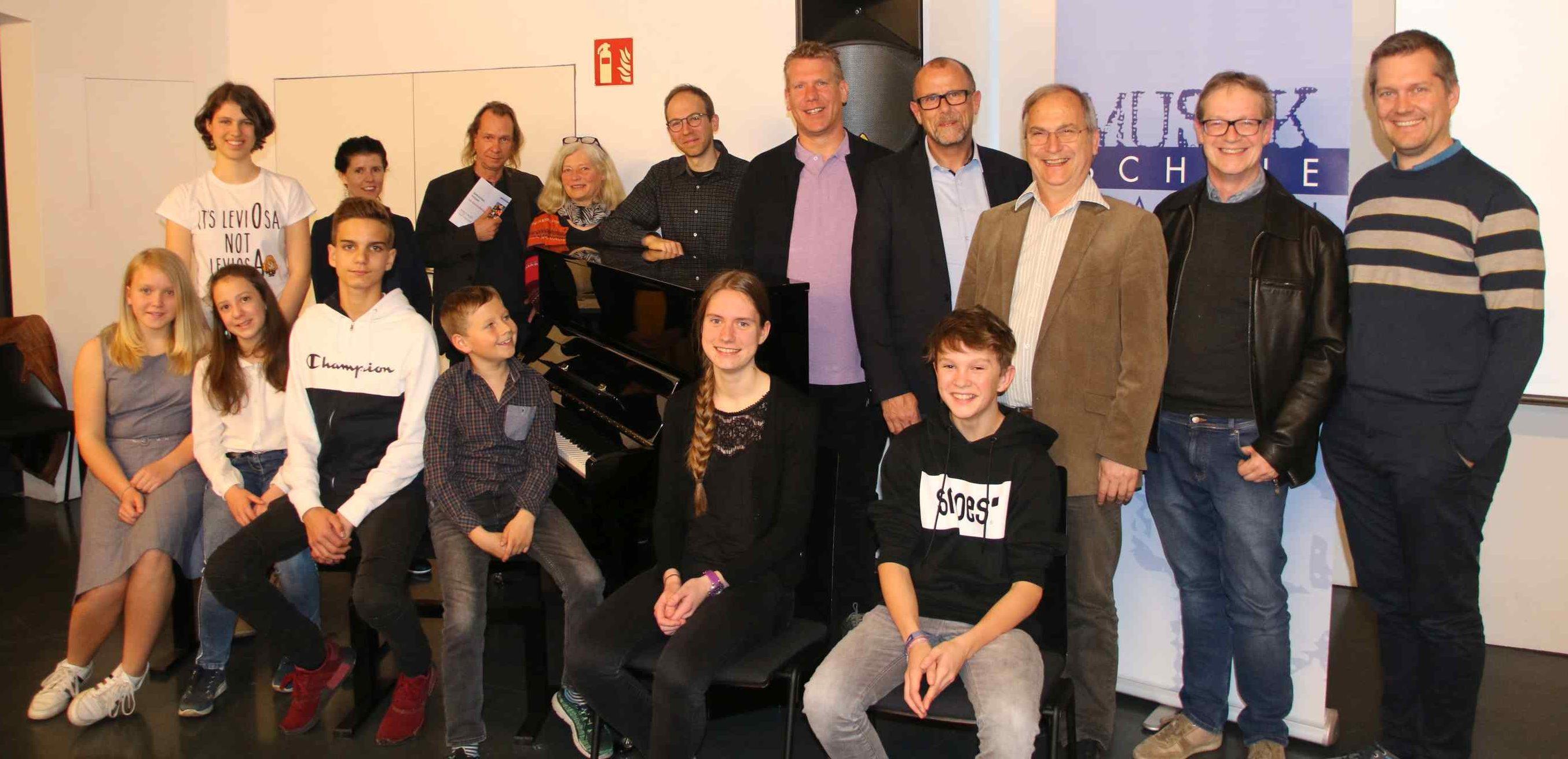 Neues Klavier in Frastanz